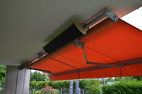 JH heater patio with awning -Anita (1)